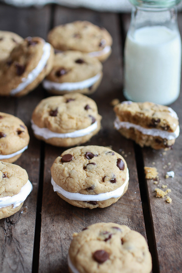 Chocolate Chip Banana Fluffernutter Sandwich Cookies