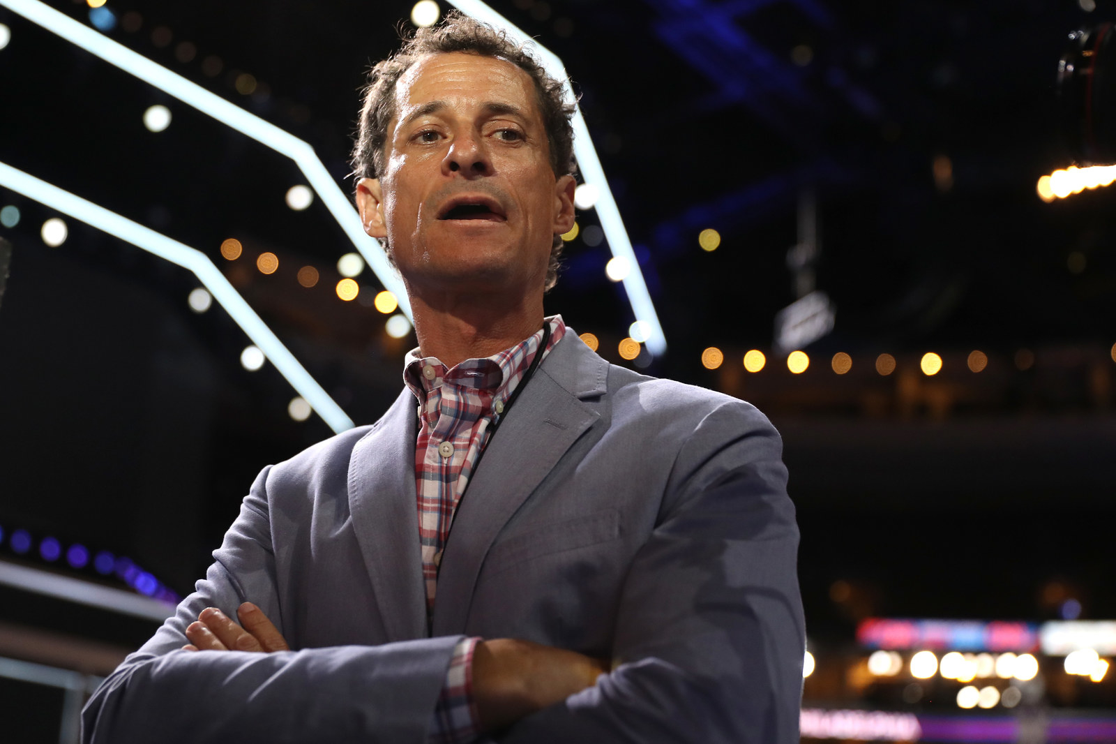 """Anthony Weiner """"Sorry"""" After Report He Sent Lewd Messages To Underage Teen"""