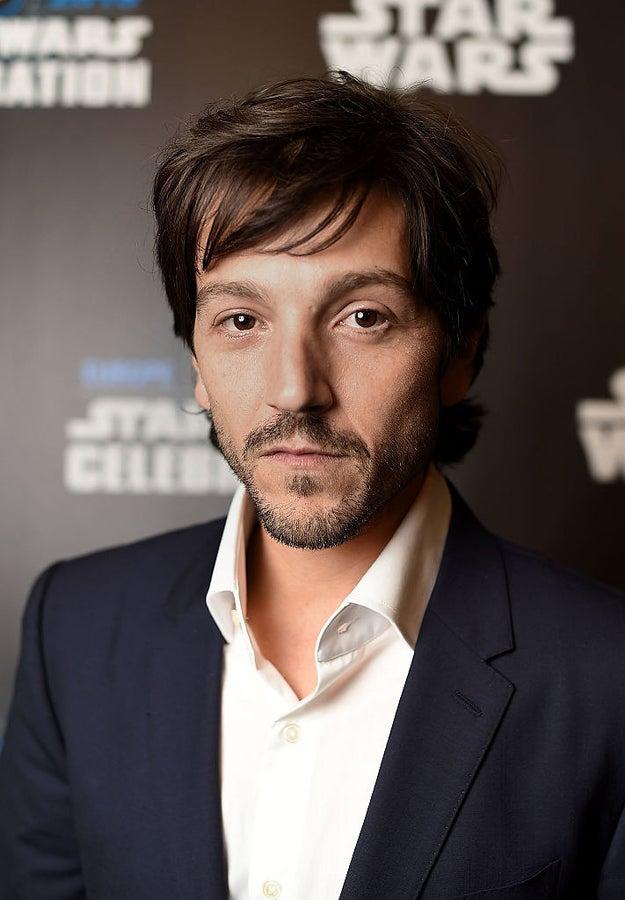 Y Diego Luna, 36.