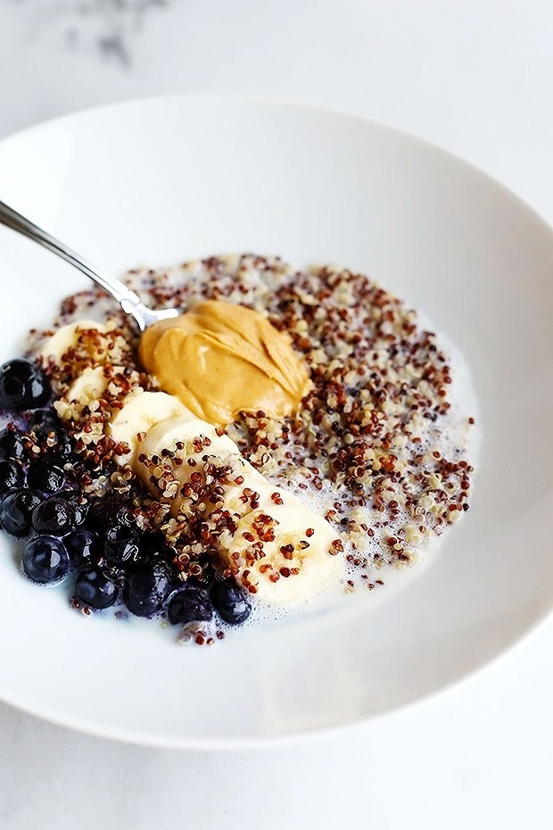 Quinoa Superfood Breakfast Bowl