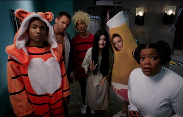 The 27 halloween specials you need to watch before oct 31 for Community tv show pool episode