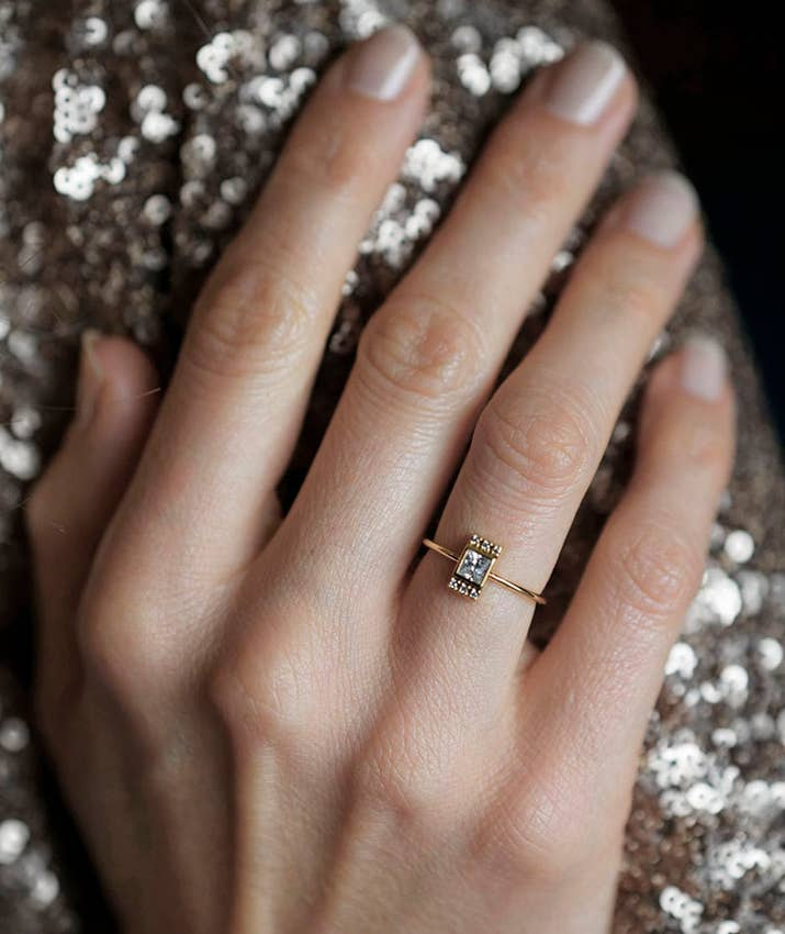 31 Gorgeous Engagement Rings You\'ll Want To Buy For Yourself
