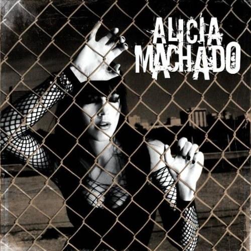 Incursionó como cantante y actualmente tiene dos discos.
