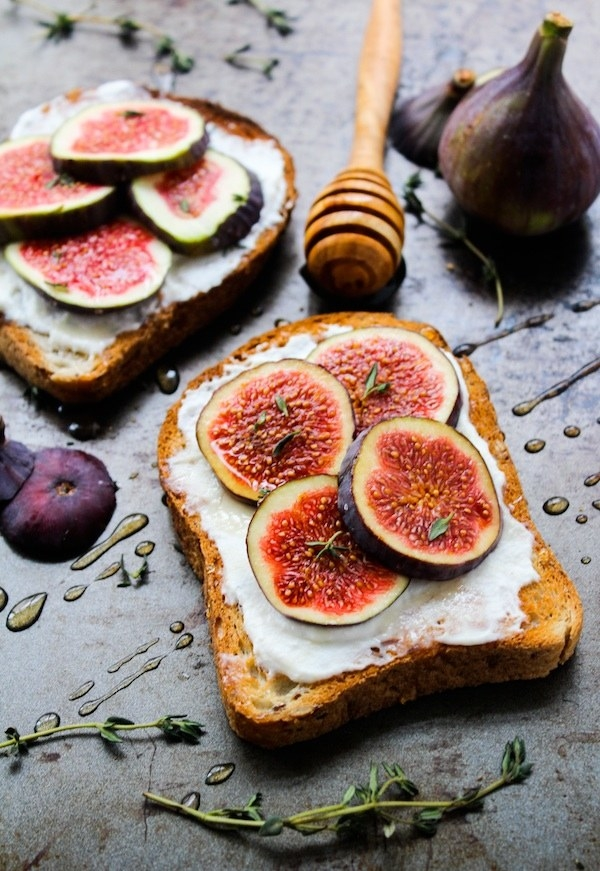 12 Delicious Ways To Feel Fancy Eating Toast