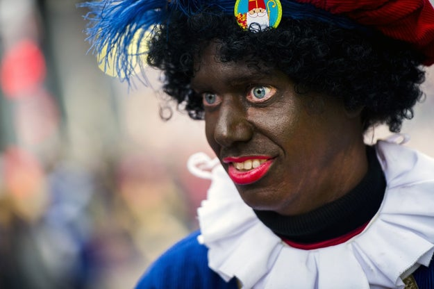 A Children's Advocate Is Getting Death Threats After Dissing Santa's Blackface Helper