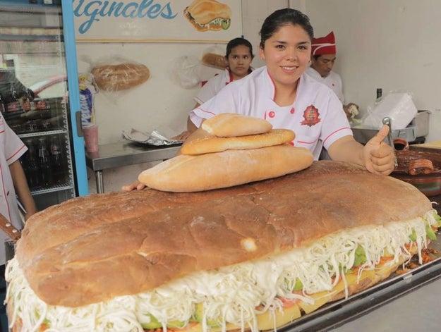 Las Tortas del Recreo, en la Ciudad de México.