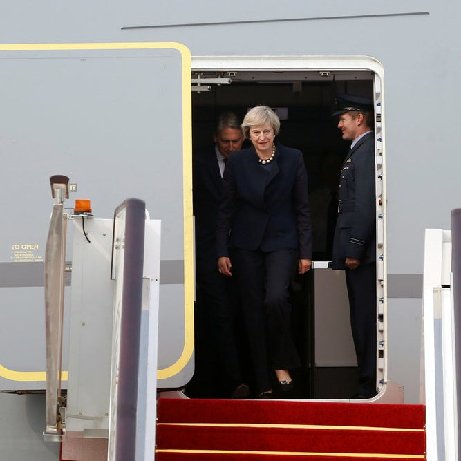 British PM Theresa May arrives, as does Obama