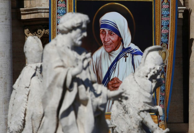 Pope Francis has declared Mother Teresa a saint in a ceremony in St Peter's Square, watched by thousands of pilgrims who had flocked to the Vatican.