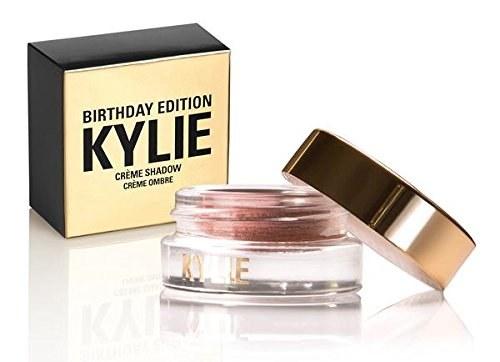 Las sombras de Kylie porque, así como tú, ella también esta loca por esta tonalidad ($1018).