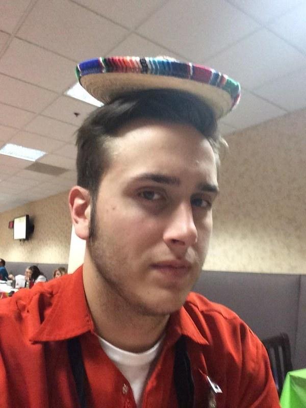 Cuando portaron con orgullo estos sombreritos.