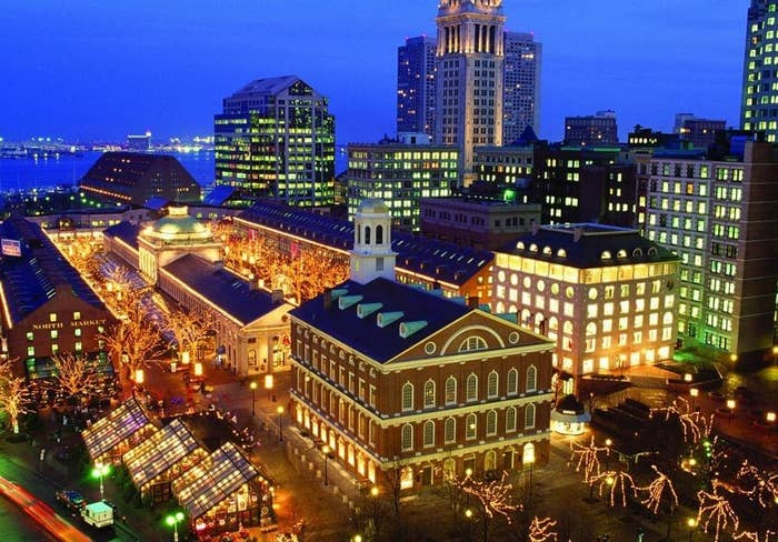 Although this location is especially beautiful when decked with holiday lights and showcasing its Christmas tree, winter is most certainly not the only season to visit this Boston gem. Faneuil Hall, a historic meeting place, is surrounded by shops, street performers, and the bustle of visitors. Walk into Quincy Market, a lengthy building just behind Fanueil Hall. You will find yourself in a long, crowded hall with diverse food vendors on either side and no end in sight. Stroll around looking for the perfect meal and make sure to try the free Asian chicken samples at the very end. Then take a seat in the round dining area in the middle of Quincy Market (feel free to venture to the second floor), and enjoy whatever delicacy you decide to feast on!*Night owl prowl hint: there are LOTS of bars in the Faneuil Hall area. Ned Devine's is located right on top of Fanueil Hall! Bell in Hand, the oldest tavern (est. 1795), is just around the corner.