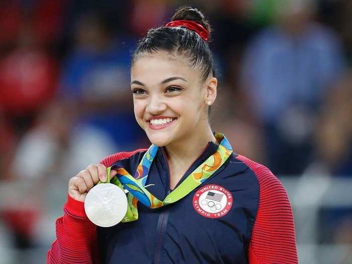 laurie hernandez s opening throw for the mets was pitch perfect