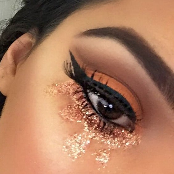 357b270157e Sarah Khan, a 17-year-old high school senior from Houston, Texas, has been  reimagining album covers using makeup — and they look amazing.