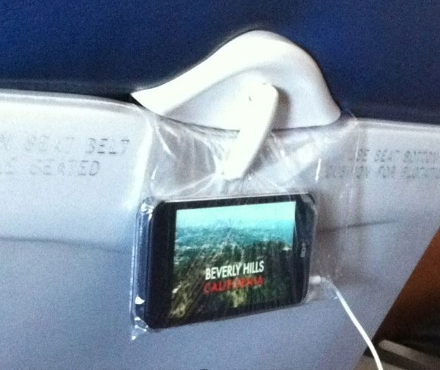 Or using a sandwich bag to help you and your family out on flights: