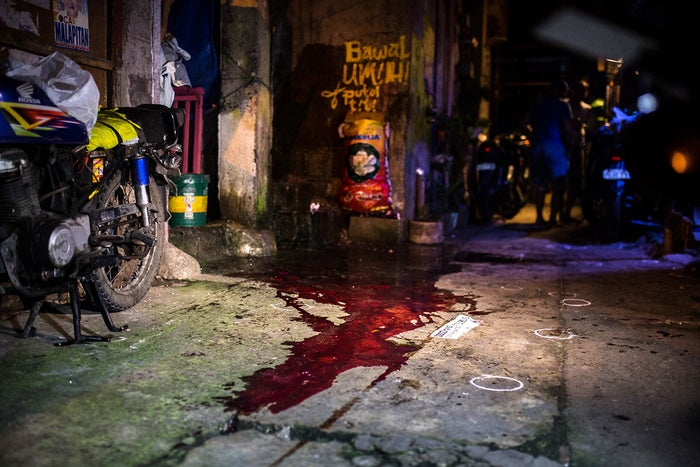 "The scene where an unidentified drug user was killed by police in a suspected ""buy-and-bust"" operation in Caloocan on Sept. 22, 2016."