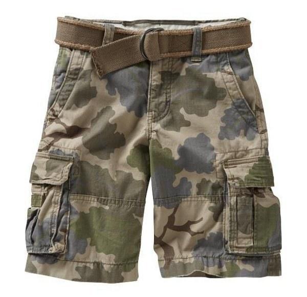 Baggy cargo shorts