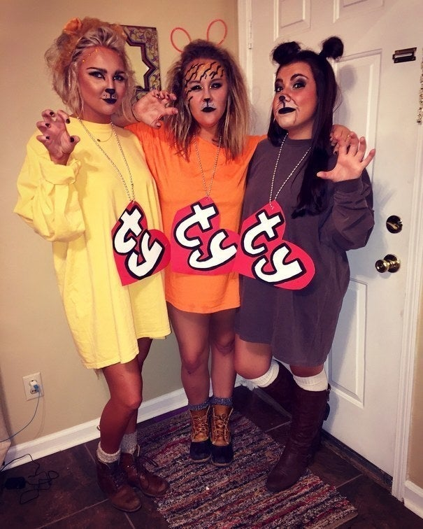 28 Simple Costumes You Can Totally Make The Day Before Halloween