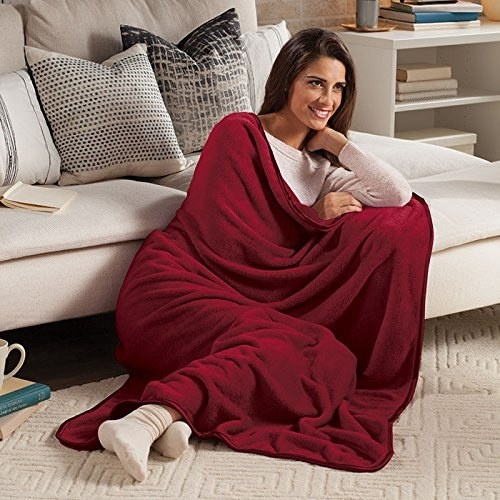 """A throw that reviewers describe as """"the softest blanket I've ever felt."""""""