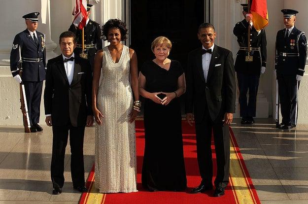 Usando Naeem Khan, no jantar de Estado de 2011 para a chanceler alemã, Angela Merkel.
