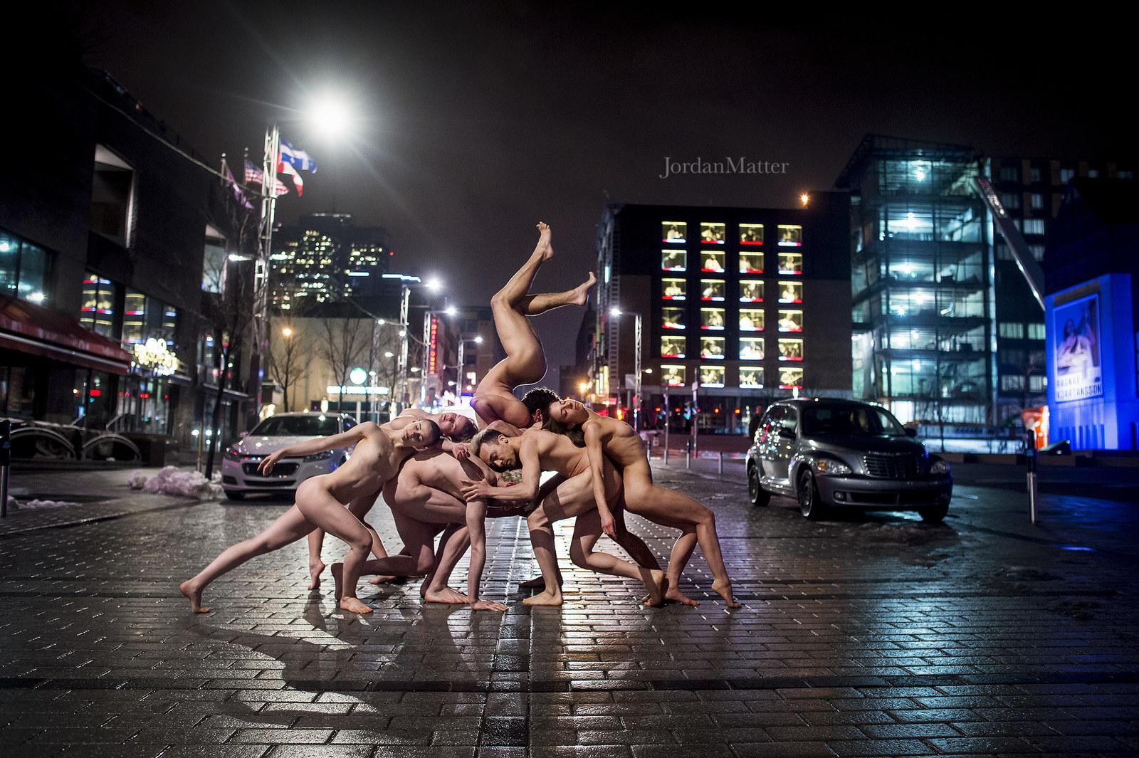 Балерины голые танцуют