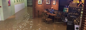 This Guy Casually Sat In A Starbucks During A Flood And Became A Huge Meme