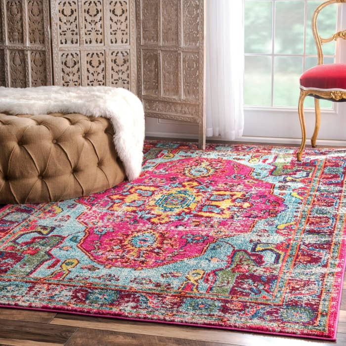 Add An Eclectic Vibe To A E With Bold Abstract Rug
