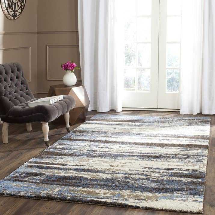 Make A Modern Statement With This Elegant Abstract Rug