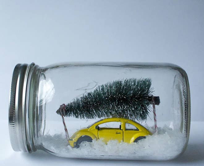 Capture the holiday spirit by making your own snow globes using mason jars. Complete instructions here.