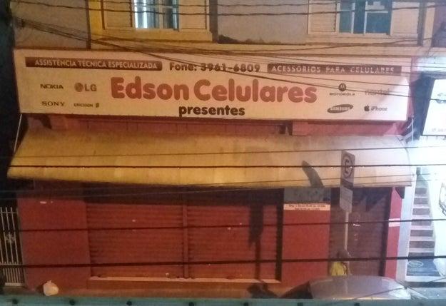 Só aqui pra uma loja com o nome Edson Celulares pode fazer sentido.