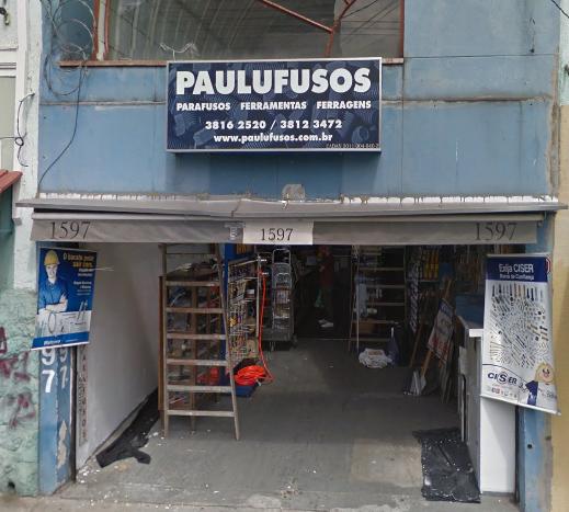 Todo tipo de ferramentas e ferragens tem lá no Paulufusos.