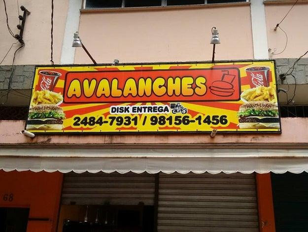 Pra acabar com a fome de qualquer um, é só passar na Avalanches.