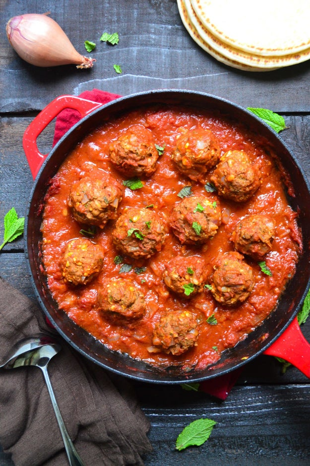 Greek Meatballs with Tomato Sauce