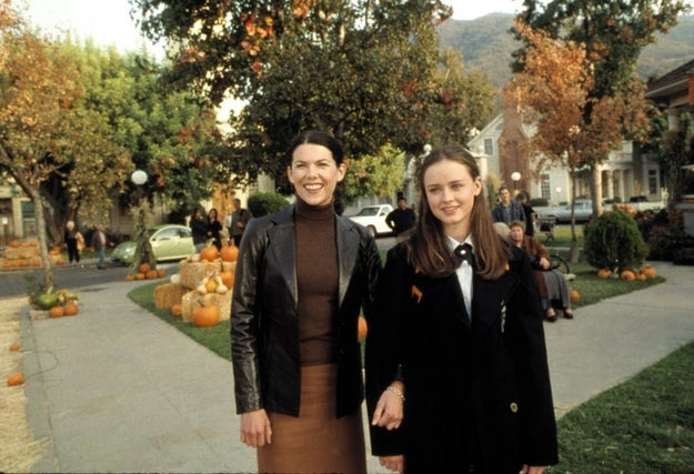In October 1999, Gilmore Girls creator Amy Sherman-Palladino and her husband, Daniel Palladino, took a vacation to the tiny town of Washington Depot, Connecticut. It's there that they got the inspiration for the town in which their soon-to-be-created show would take place: Stars Hollow.
