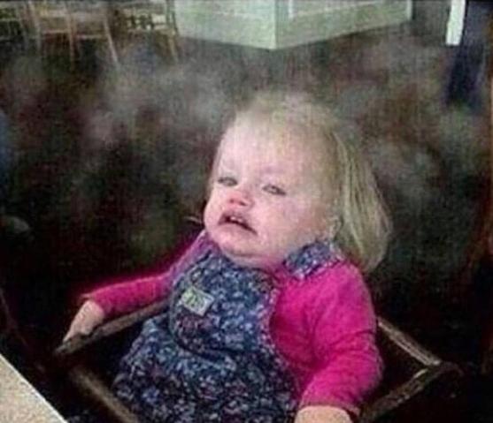 """Aquela cara de """"Seis pessoas acenderam cigarro perto de mim"""":"""