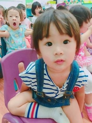 Momo Lu is a 2-year-old from Kaohsiung, Taiwan. On Friday, Momo's kindergarten held a Halloween costume party.