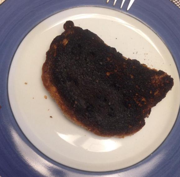 """""""Não tem segredo, é só colocar o pão na chapa até derreter a manteiga""""."""