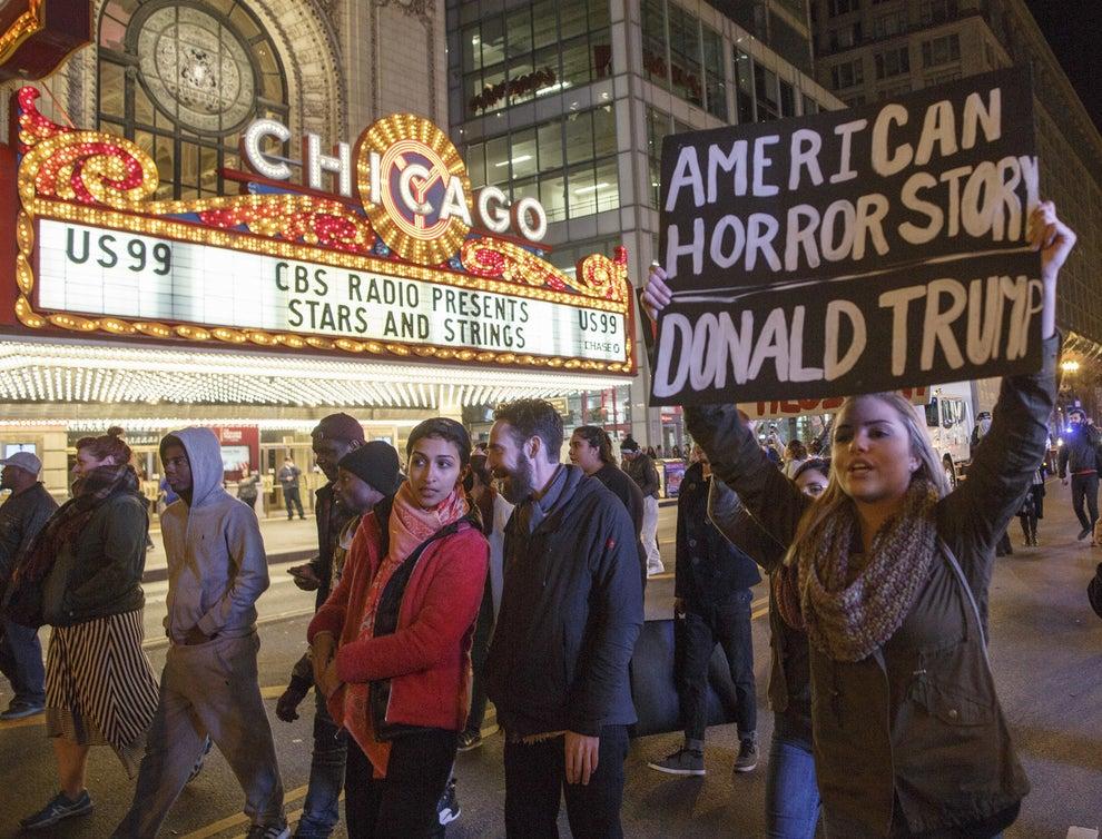Trump basó su mensaje de campaña en recuperar la seguridad y la integridad de los Estados Unidos y la disminución de impuestos.