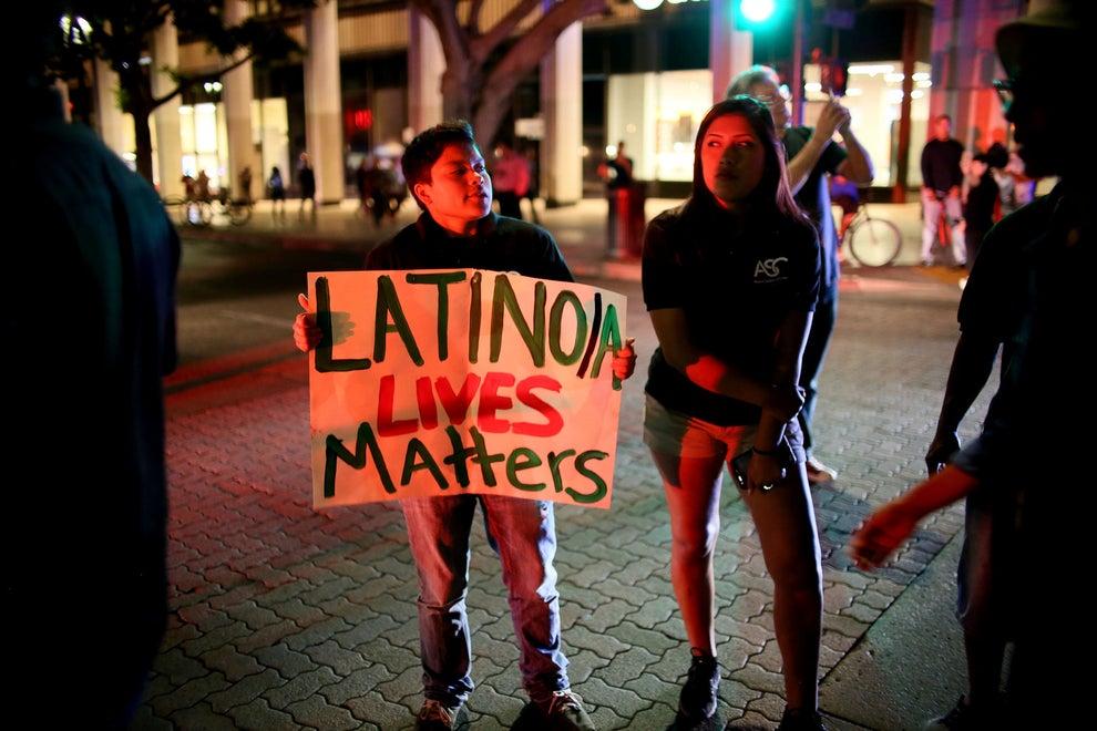 """Con especial foco en los latinos y los musulmanes, a quienes tildó de """"terroristas"""", """"asesinos"""" y """"violadores""""."""