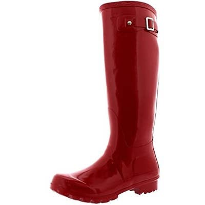 9d77299e0d0e 12. Rain boots that'll make you want to jump into puddles.