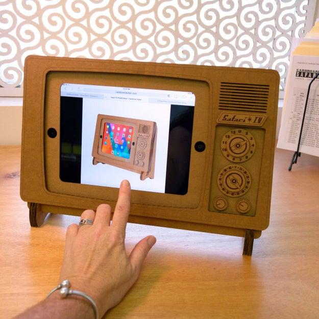 Base para iPad ($1647).