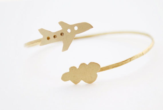 A gorgeous bracelet, that'll have them feeling like they're up in the clouds.