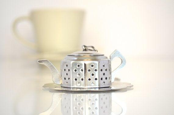 A teapot-shaped tea infuser for your tea. So meta.