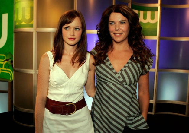 This sweet picture of Alexis Bledel and Lauren Graham on a press tour in 2006.
