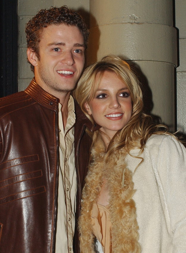 Justin and Brit-Brit were skilled at ~subtly~ matching. See this beige on beige ensemble for proof.