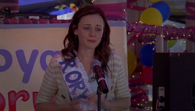 Luke decides to throw a surprise going away party for Rory.