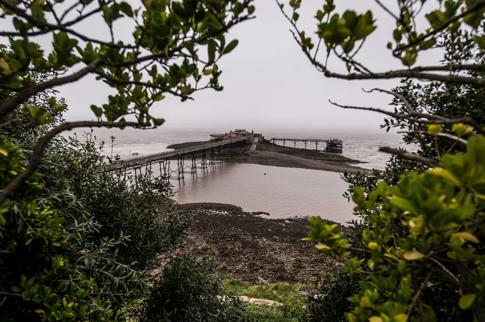 """There's a Stunningly Creepy Pier in Somerset That You Have to See"" —BuzzFeed"