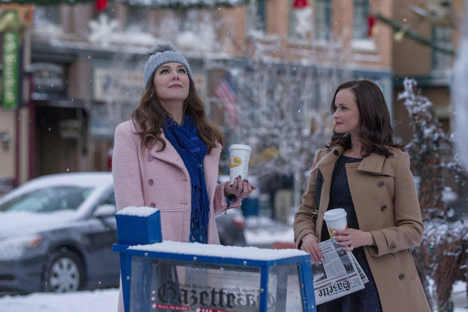 The full story behind how the gilmore girls theme song came to be lorelai lauren graham left and rory alexis bledel in the gilmore ccuart Image collections