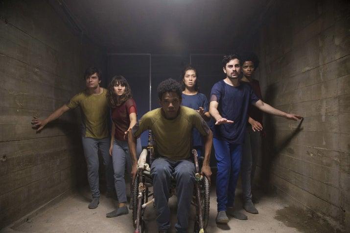Da esquerda pra direita: Rafael Losango, Bianca Comparato (Michele), Michel Gomes (Fernando), Rodolfo Valente (Rafael), Vaneza Oliveira (Joana).