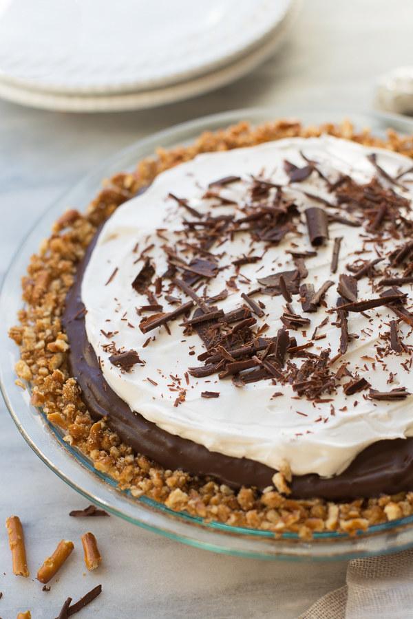 Gluten-Free Vegan Chocolate Pudding Pretzel Pie