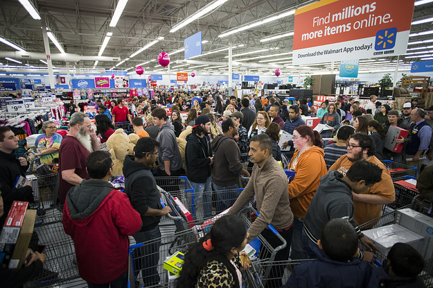 Here S The Very Polite Orderly Way Canadians Do Black Friday Shopping